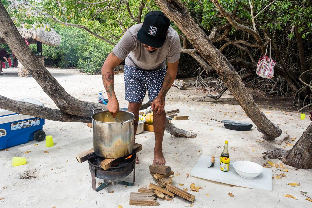 Kochkurs am Strand Mangel Halto Aruba