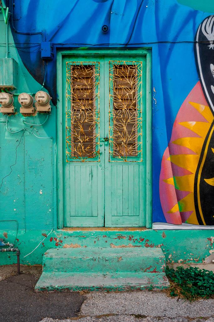 Tür Street Art in San Nicolas