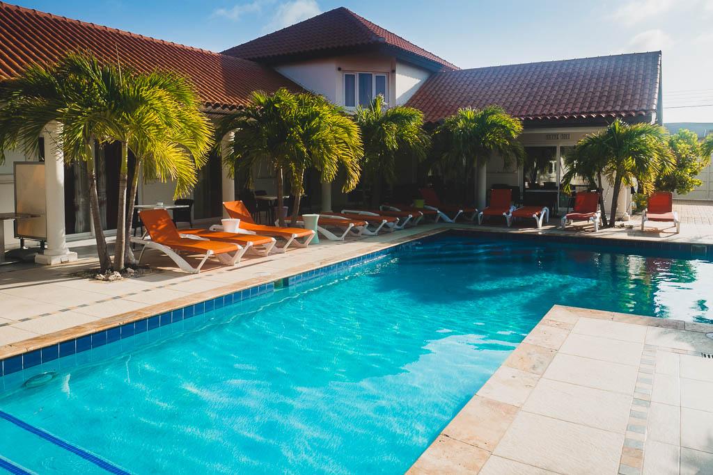Hotel Swiss Paradise Aruba Villen und Pool
