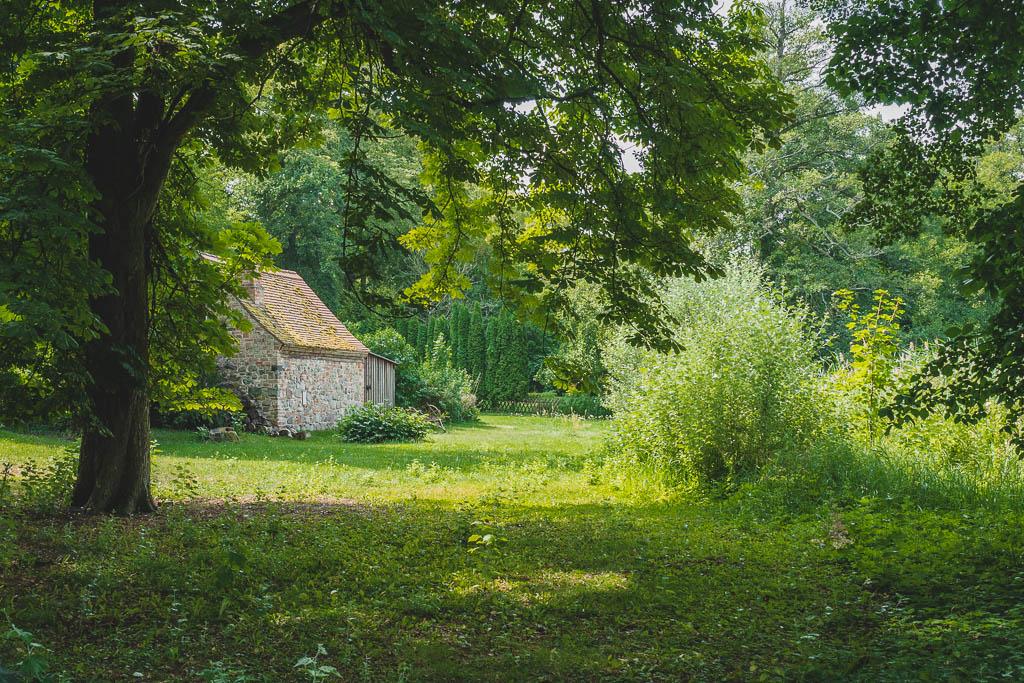 Hütte im Wald Kloster Chorin Brandenburg