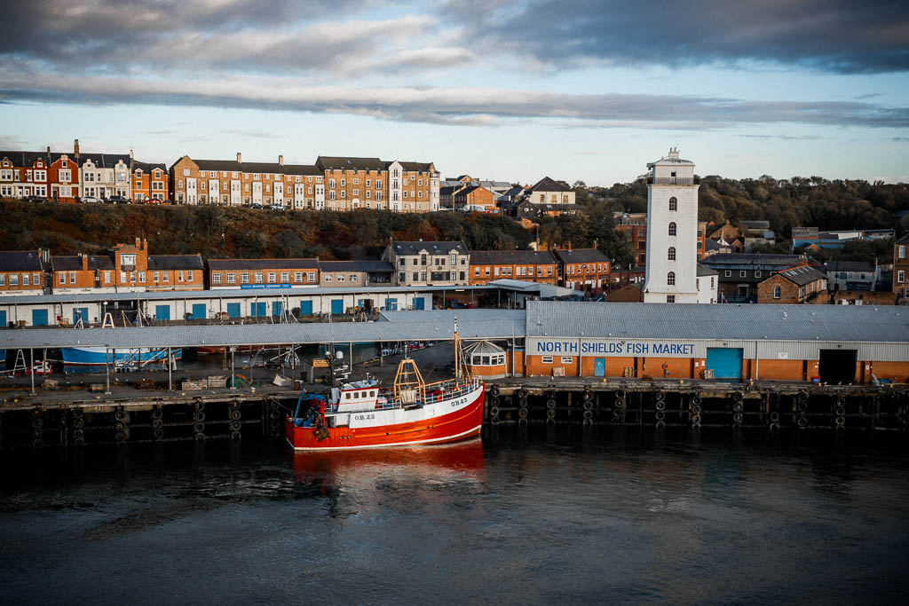 Blick von der Fähre Princess Seaways auf den Hafen Newcastle