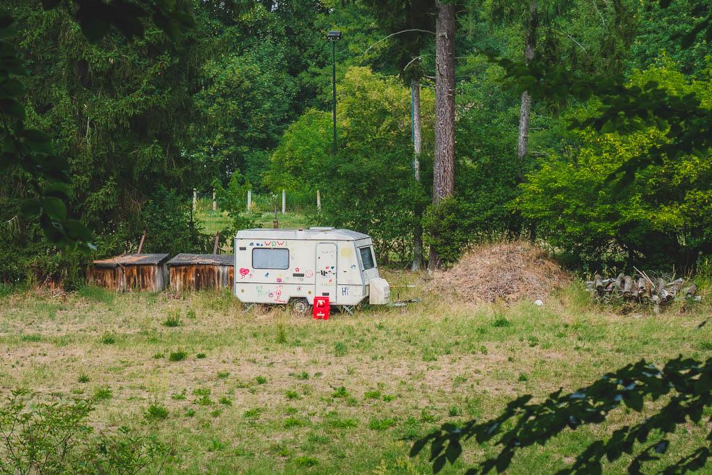 Wohnwagen im Wald Werbellinsee Brandenburg