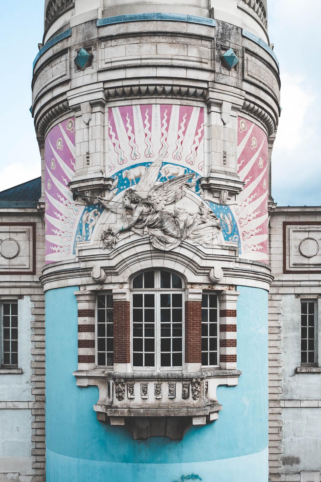 Tour LU Nantes Frankreich