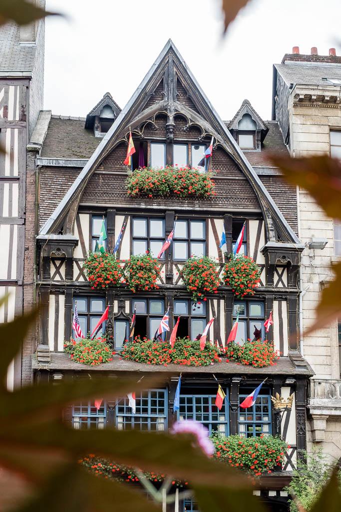 Place du Vieux-Marché Rouen Normandie