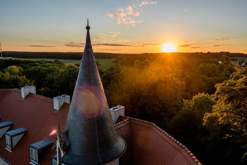 Sonnenuntergang Schlossturm Wiesenburg Brandenburg