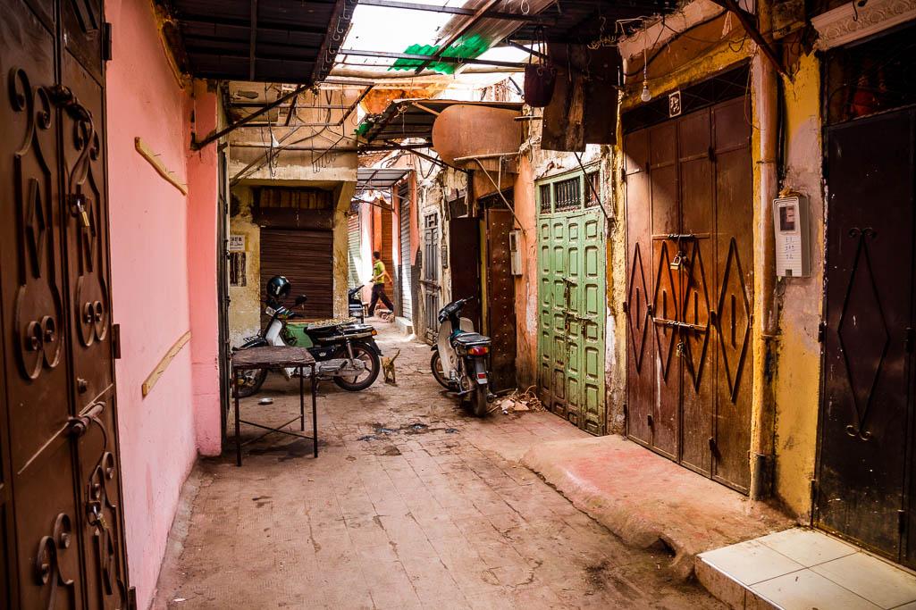 geschlossene Geschäfte Souk Marrakesch