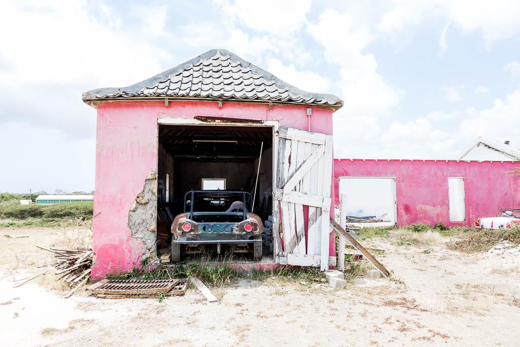 Auto-Wrack Curaçao Restaurant Hofi Cas Cora Curaçao
