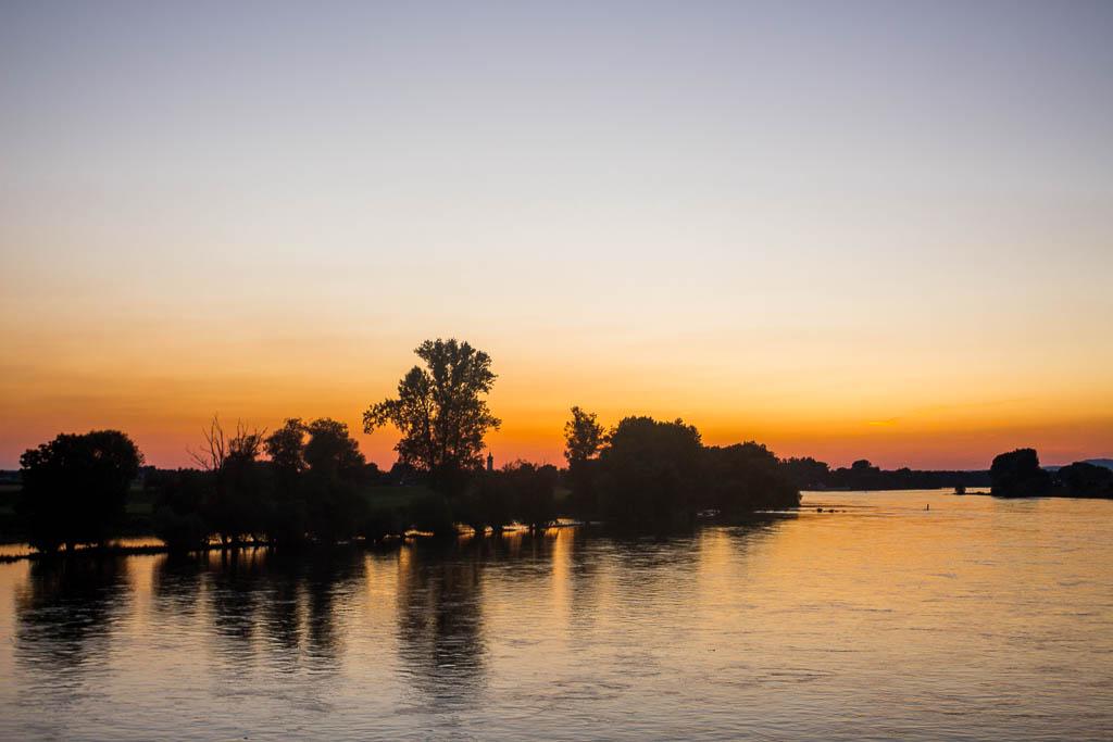 Sonnenuntergang Flusskreuzfahrt Main-Donau-Kanal: Von Passau nach Frankfurt am Main mit der MS BELVEDERE