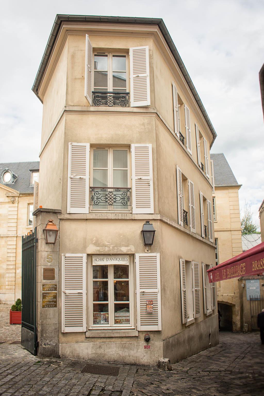 Quartier des Antiquaires12 Sehenswürdigkeiten und Tipps für eine Reise nach Versailles