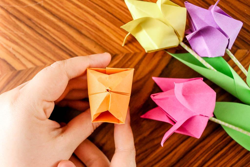 Origami Tulpen aus Papier falten - DIY Anleitung zum Selber machen