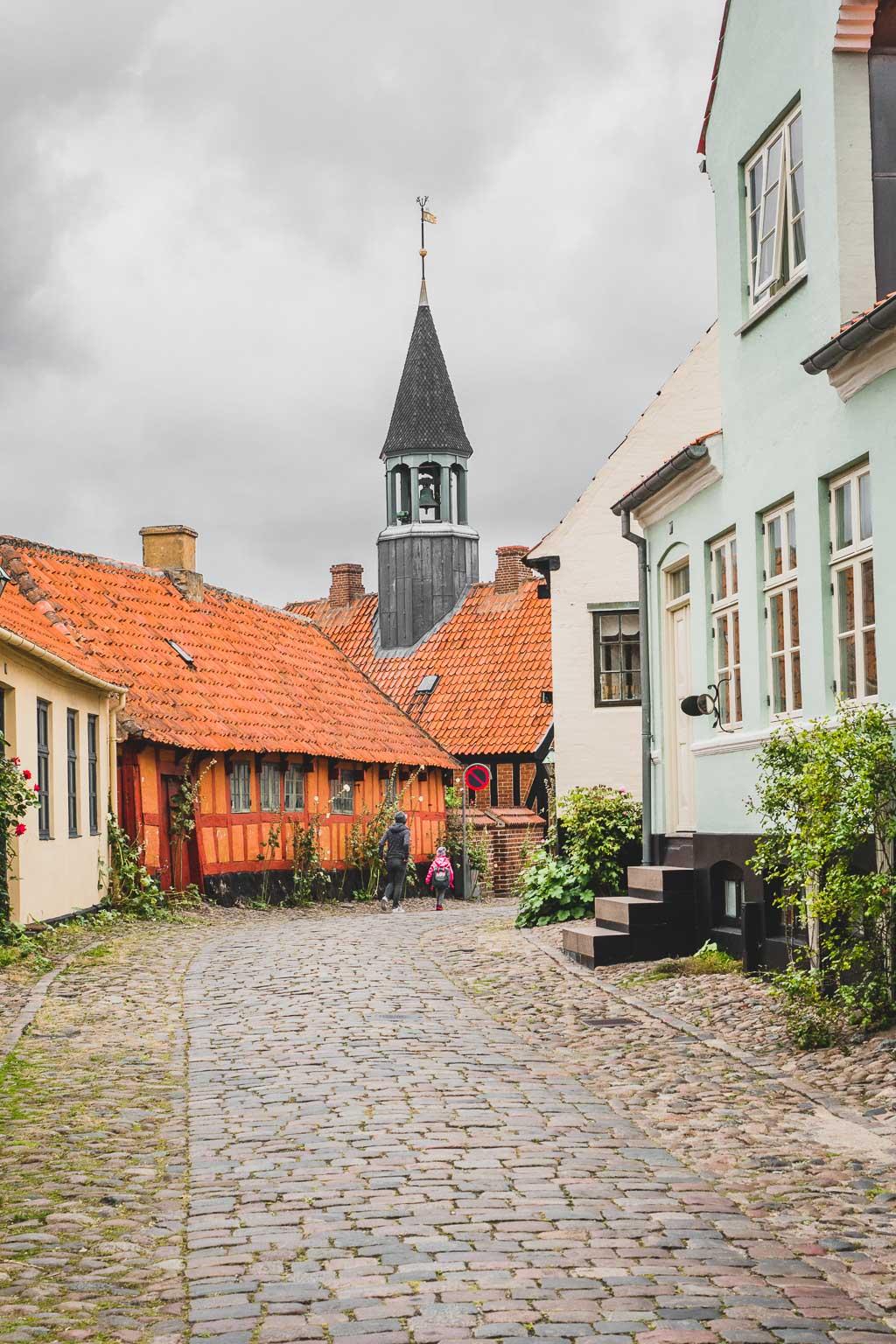 Ebeltoft Altstadt Altes Rathaus Urlaub in Djursland: Ausflugsziele und Sehenswürdigkeiten rund um Ebeltoft Dänemark