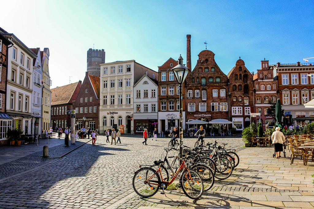 """Platz """"Am Sande"""" 10 Dinge die man in Lüneburg machen sollte! Sehenswürdigkeiten und Tipps für die Hansestadt"""