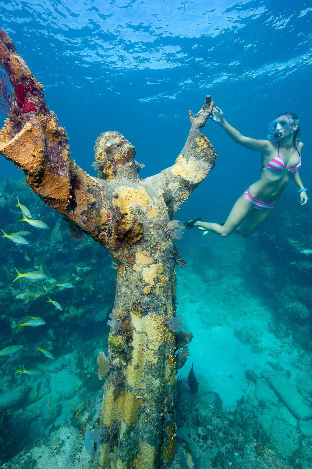 Schnorcheln bei der Christ of the Deep Statue vor Key Largo (c) Stephen Frink Florida Keys News Bureau