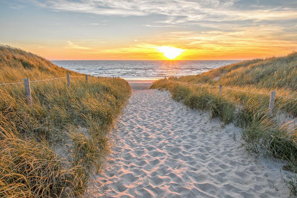 Texel Strandaufgang bei Sonennuntergang Foto Justin Sinner