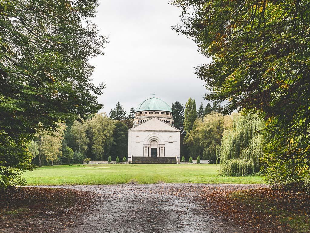 Weserbergland Sehenswürdigkeit Schlosspark Mausoleum Bückeburg